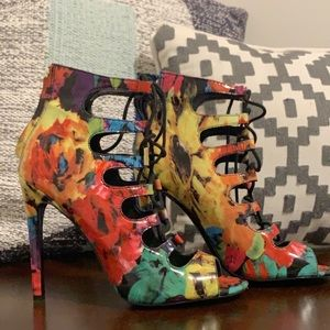Steve Madden multicolored strappy high heels